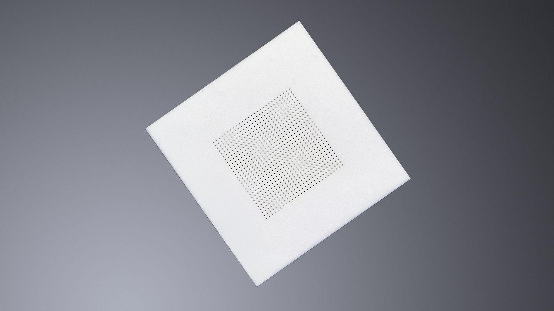 在陶瓷线路板中的激光钻孔